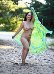Plumper lady posing nude outdoors and fucking hot later at home - homemade porn pictures
